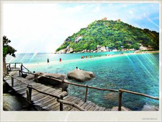 An Island To Koh Sumai by GoldenDragonSlayer