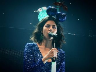 Marina and the diamonds froot live by 1Dolcevita1