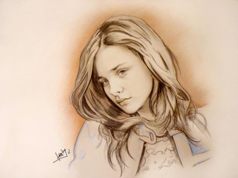 Chloe Moretz by karlyilustraciones