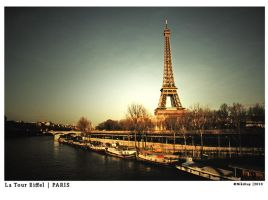 The Eiffel Tower sunset by nik89