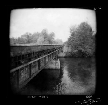 holga river by electricjonny