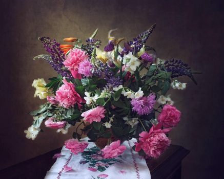 Still life with summer bouquet by Daykiney