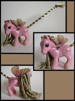 Pink and Gold dragonfly pony by Sweetlittlejenny