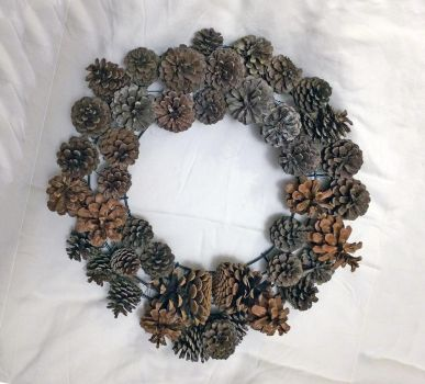 PineconeS Wreath by KarenAld