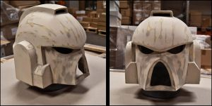 Imperial Fist Helmet by ManAtArmsProps