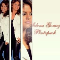 #Photopack Selena Gomez 001 by MoveLikeBiebs