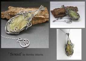 Sinead- wire wrapped pendant by mea00
