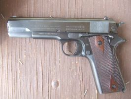 Colt 1911 by Angrybox