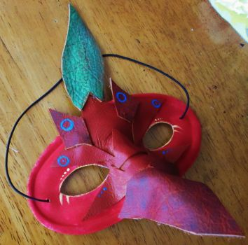 Red Pikmin Mask by guilleum2