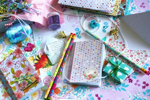 Planner/Snail Mail/Stationery subscription box by Teakberry