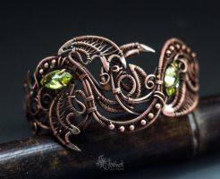 Copper cuff bracelet by Artarina