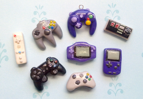 Polymer Clay : Gaming Console by CraftCandies