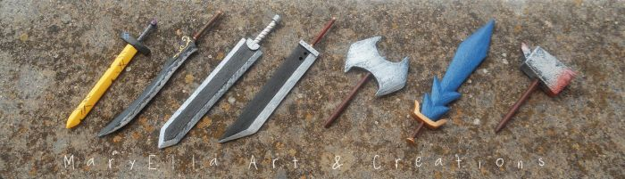 Mini wood weapons - painted by MithriLady