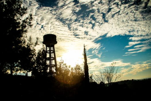 Water Tower - 2 by ossie-eat-world