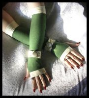 Sairina's Song Arm Warmers by ZenAndCoffee