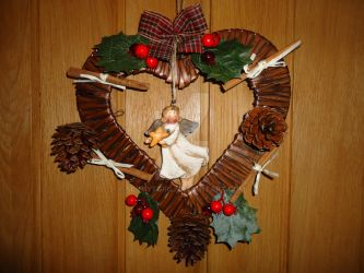 Rustic Natural Heart Christmas Wreath by sevvysgirl