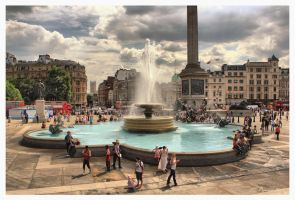 Trafalgar Square, London by Pajunen