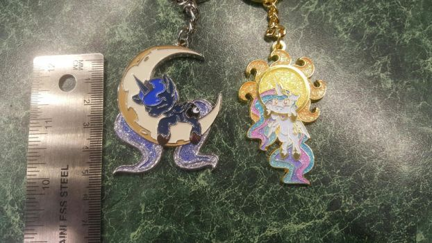 2 Sisters Keychains by Breakfast-Tee