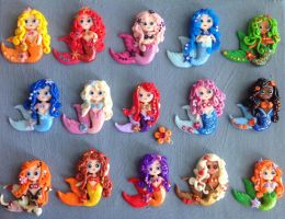 Clay mermaid magnets by Smurfbreeder