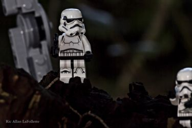Stormtrooper by TheArtOfaMadMan