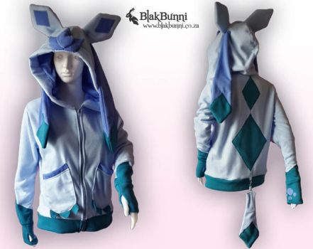 Glaceon hoodie by BlakBunni