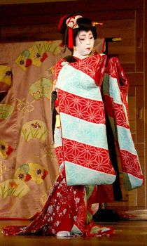 Furisode by Fuyou-hime